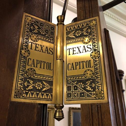 Door hinges at Capitol