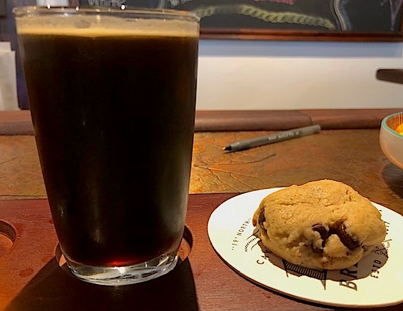 Oatmeal stout with cookie